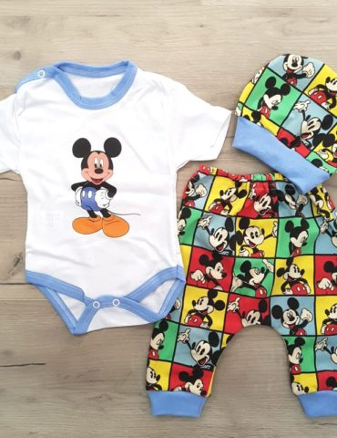 haine bebelusi - costumas 3 piese bumbac mickey baieti albastru bebelusi 370x480 - Haine bebelusi-Acasa